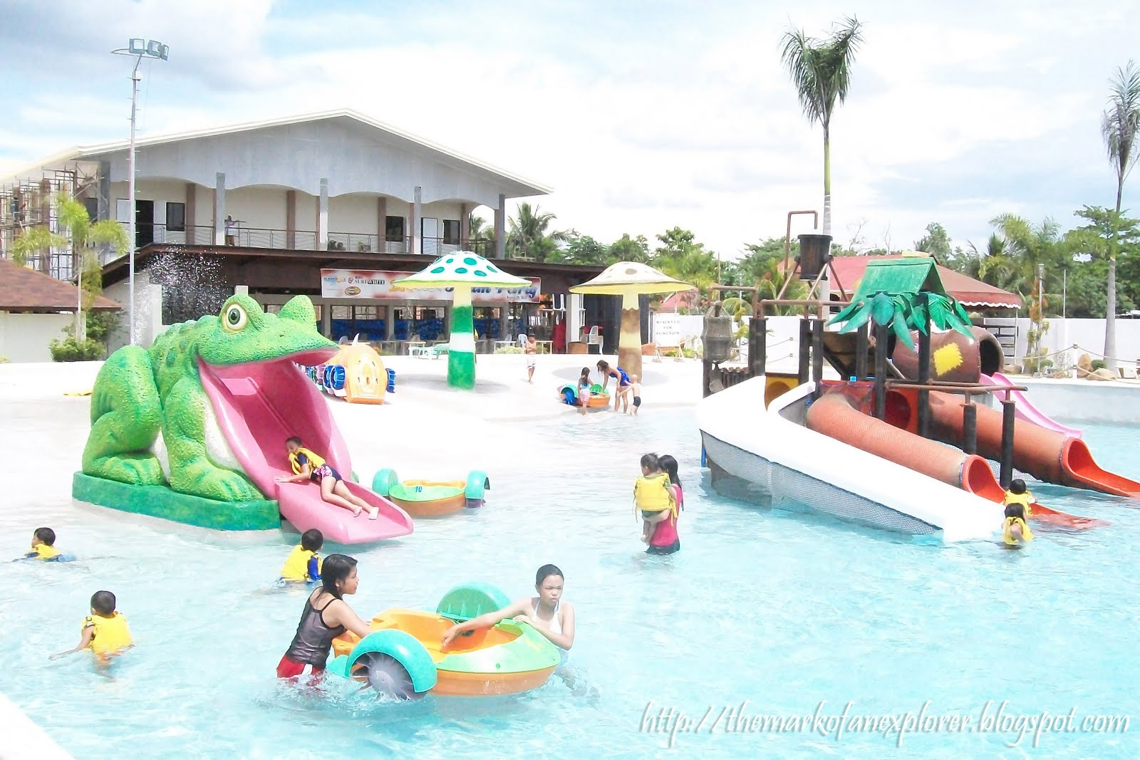 Emar S Hotel Resort Restaurant Wave Pool Davao City The Durian Post By Roger