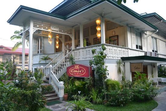Claude's Le Cafe de Ville – Davao City