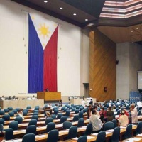 LONGER TERMS FOR SENATORS, CONGRESSMEN & LOCAL OFFICIALS