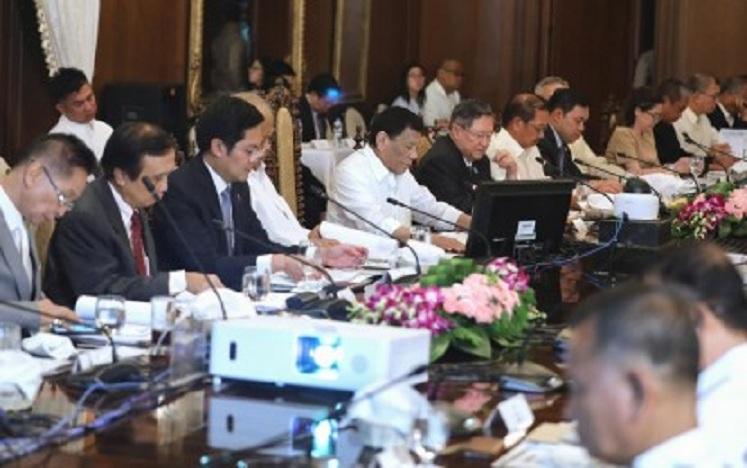 duterte-cabinet-meeting